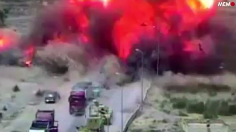 Ägypten: Panzer überfährt Dschihad-Mobil und verhindert Schlimmeres – Sieben Tote