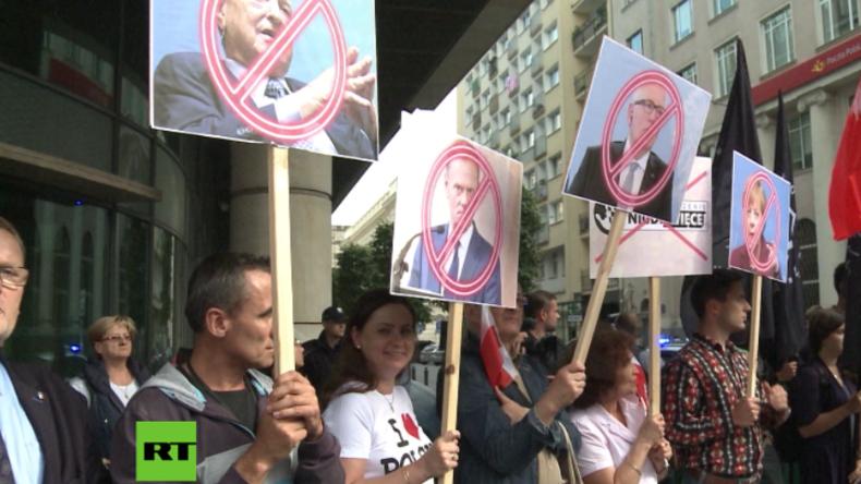 """Nationalisten protestieren gegen äußere Einflussnahme: """"Merkel, Soros und Co – Hände weg von Polen"""""""