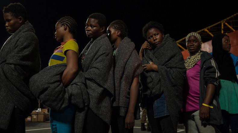 Festnahmen in Italien: Nigerianerinnen wurden mit Voodoo-Ritualen zu Prostitution gezwungen
