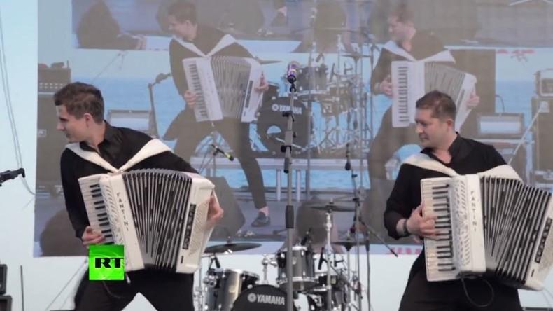 Werbekonzert für Weltfestspiele der Jugend und Studenten in Sotschi