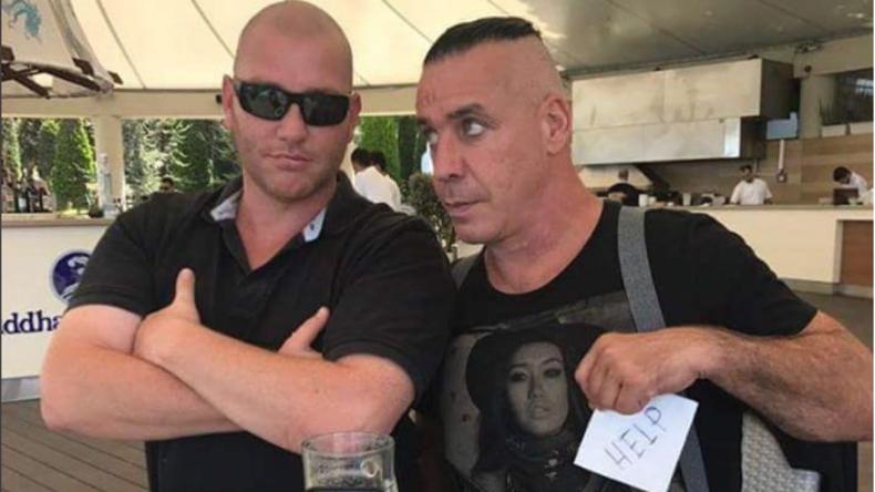 Rammstein-Frontmann fleht seine Fans um Rettung vor russischen Popstars an