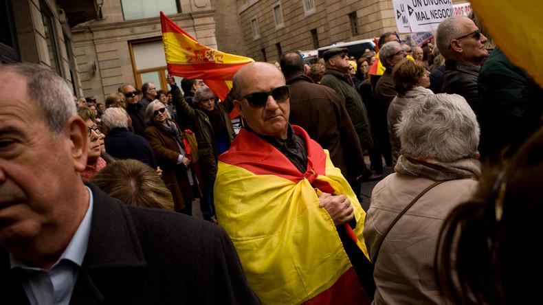 Spaniens Justiz untersagt Unabhängigkeits-Referendum in Katalonien