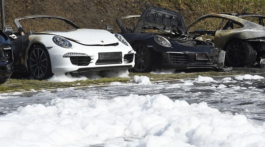 Vor G20 Gipfel: Zehn Porsche-Wagen in Hamburg abgefackelt