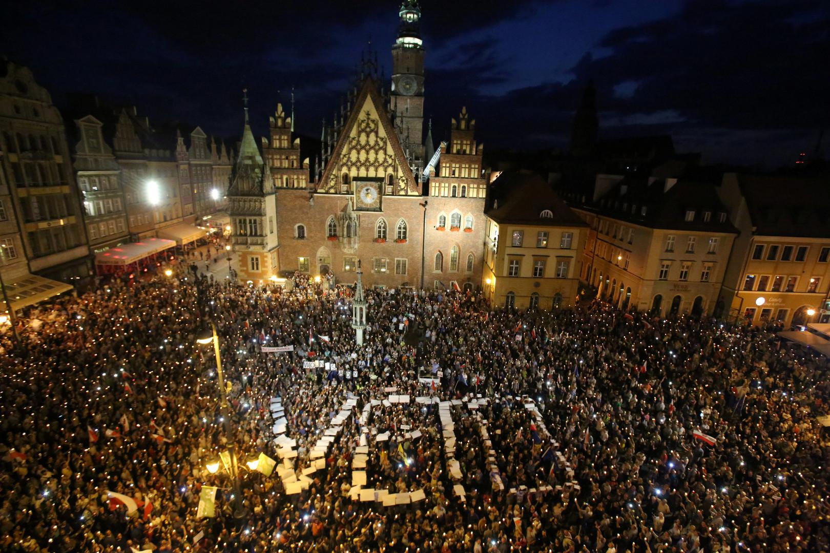 Polens Senat billigt Justizreform