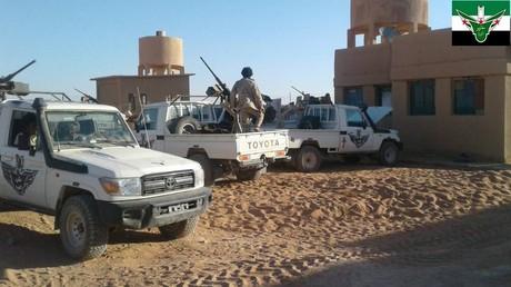 Rebellen von Maghawir al-Thawra gemeinsam mit US-Spezialeinheiten Bildquelle: Maghawir al Thawra