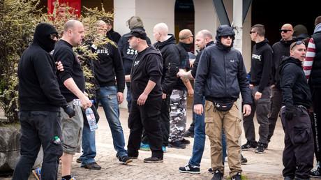 Neonazis während einer Demonstration am 1. Mai dieses Jahres in Halle.