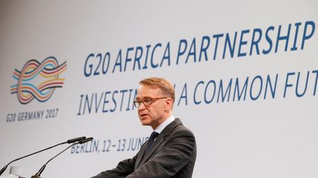 Weiß, wohlhabend und renditeorientiert: Als einer der Hauptredner des Treffens zur Partnerschaft mit Afrika im Juni in Berlin trat Jens Weidmann auf, Präsident der Deutschen Bundesbank.