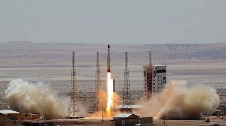 Der Start einer Simorgh-Rakete vom Imam Khomeini Weltraumzentrum, Iran, 27. Juli 2017.