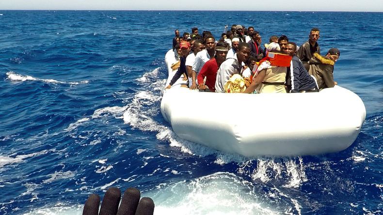 Italien droht NGOs, die sich nicht dem Verhaltenskodex zur Flüchtlingsrettung im Mittelmeer beugen