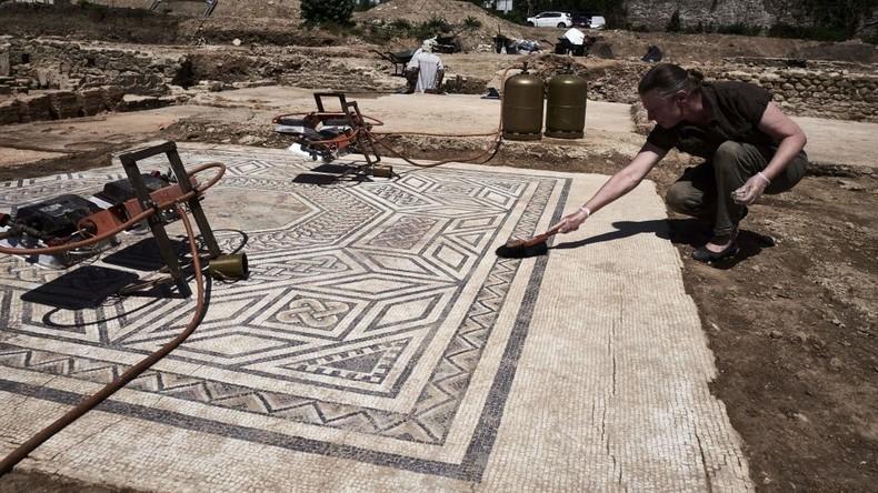 """""""Kleines Pompeji"""": Französische Archäologen entdecken römisches Viertel aus dem ersten Jahrhundert"""