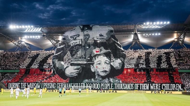 Champions-League: UEFA klagt polnischen Verein wegen Gedenkbanner mit Wehrmachtssoldaten an