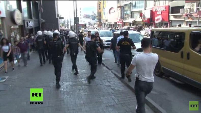 Türkei: Polizei hindert Menschen an Teilnahme an HDP-Marsch mit Tränengas und Gummigeschossen