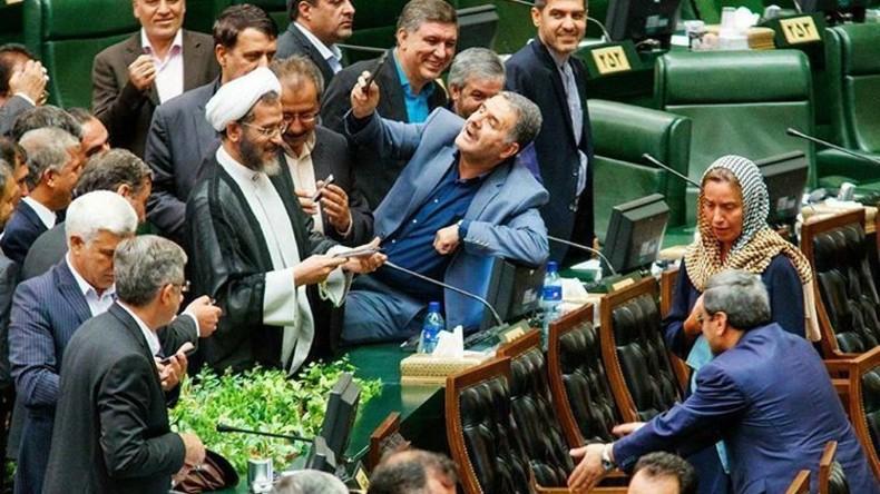 EU-Chefdiplomatin Federika Mogherini sorgt für Sensation im iranischen Parlament