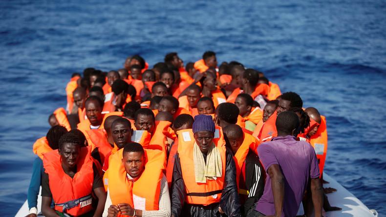 """AfD-Politikerin fordert """"Flüchtlingsboote samt Inhalt zu versenken"""" – Staatsanwaltschaft ermittelt"""