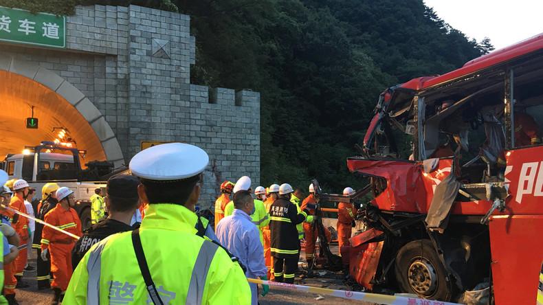 Busunglück in chinesischem Tunnel fordert mindestens 36 Menschenleben