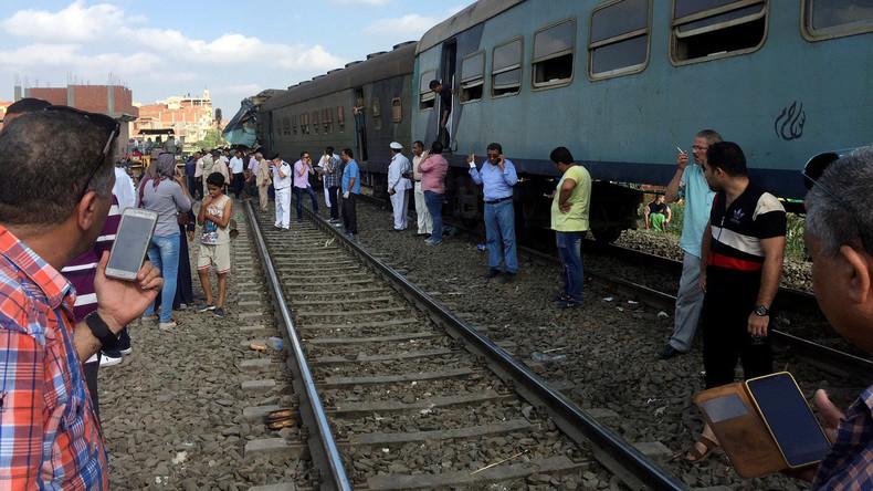 Zahl der Toten bei Zugunglück in Alexandria steigt auf 49 - Lokführer stellt sich der Polizei