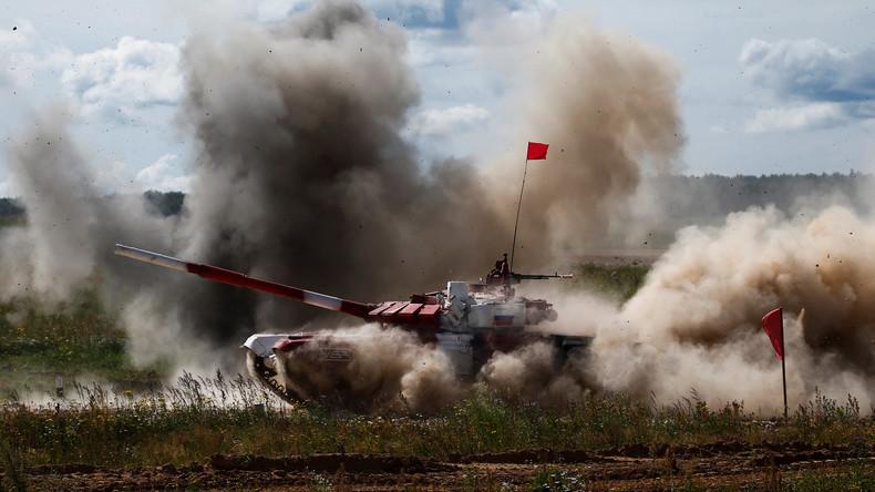 LIVE Army Games 2017: Darbietung des russischen Kunstflug-Teams