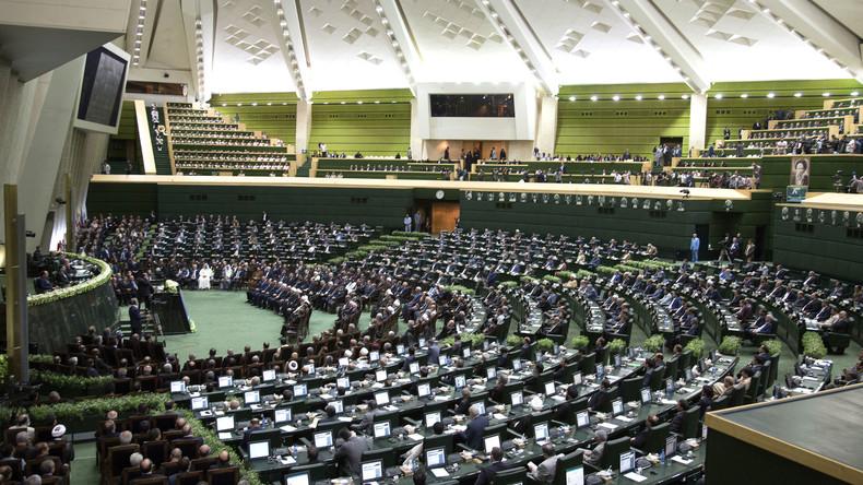 Iranisches Parlament erhöht Budget für Raketenprogramm
