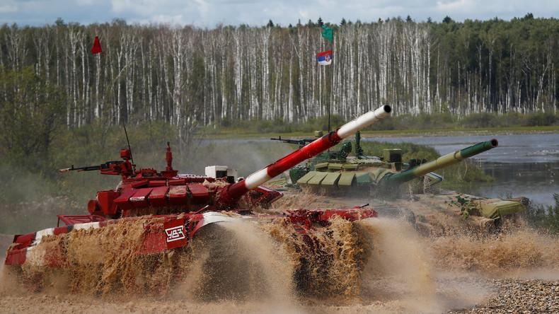 Russland: Panzer treten im Biathlon gegeneinander an