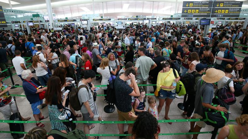 Sicherheitskräfte am Flughafen Barcelona beginnen unbefristeten Streik