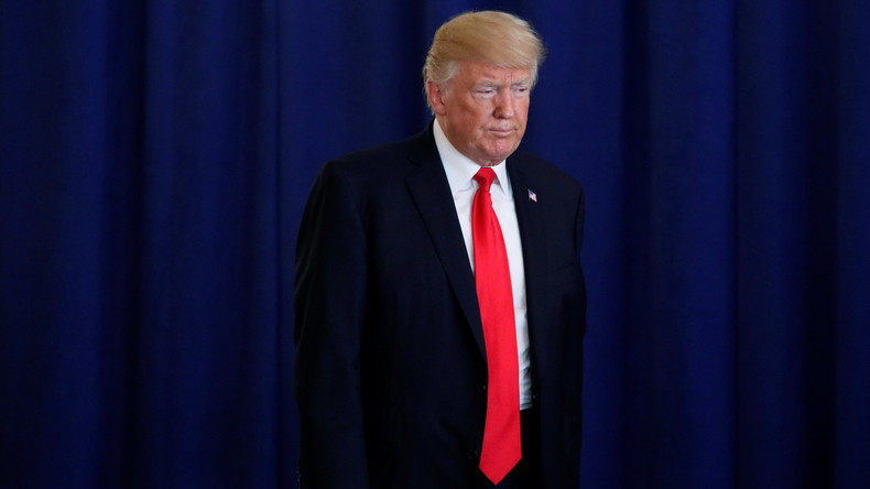 """Trump meldet sich aus Urlaub vorzeitig zurück: """"Viel zu tun"""""""