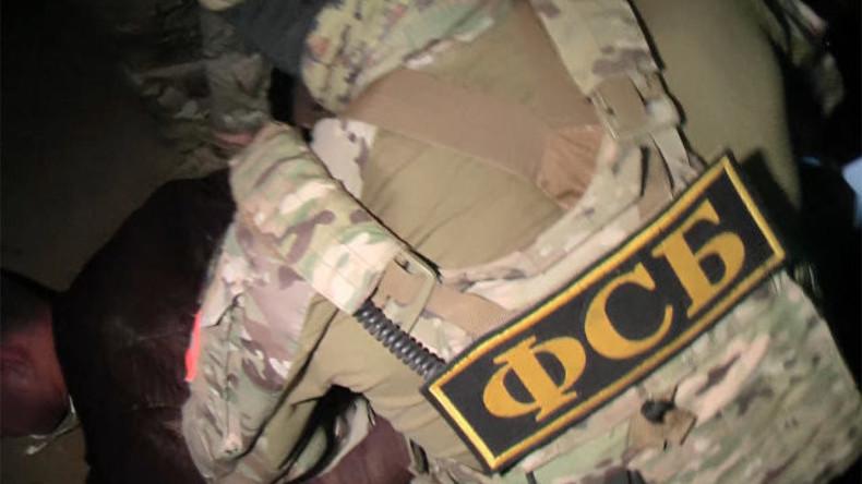 Russlands Geheimdienst nimmt einen ukrainischen Saboteur auf der Krim fest [VIDEO]