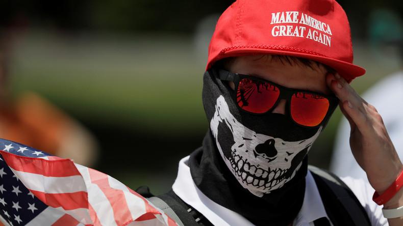 FBI-Bericht: Weiße Rassisten gefährlichste Extremistengruppe in den USA