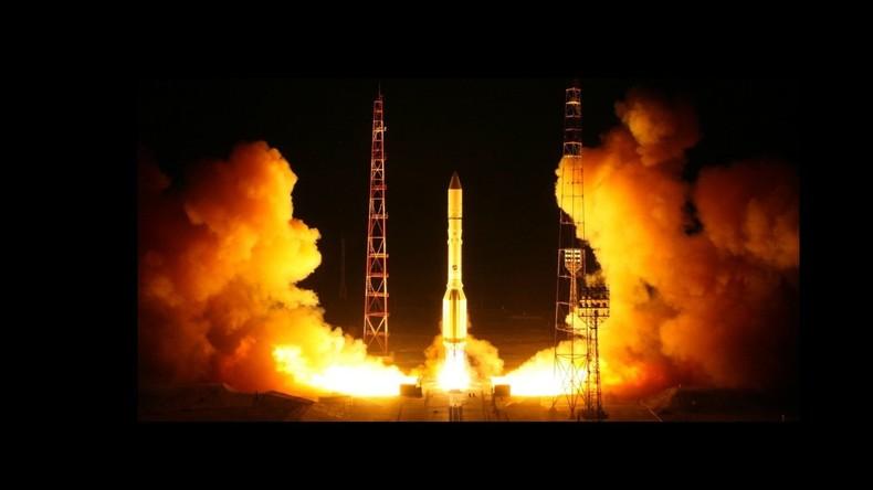 Trägerrakete Proton-M mit militärischem Satelliten vom Weltraumbahnhof Baikonur gestartet