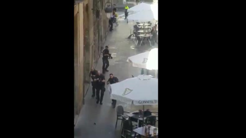 Terroranschlag erschüttert Barcelona: Van rast in Menschenmenge - Tote und viele Verletzte