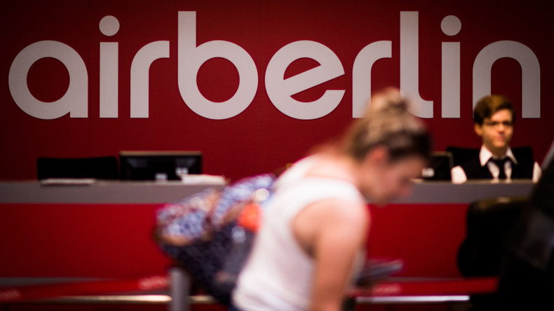 Flugbegleitergewerkschaft: Air Berliner müssen sich als Berufsanfänger neu bewerben