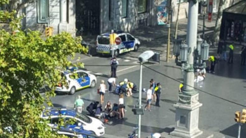 Opfer von Terrorattacken in Spanien: Insgesamt nun 14 Tote, drei Jugendliche aus NRW schwer verletzt