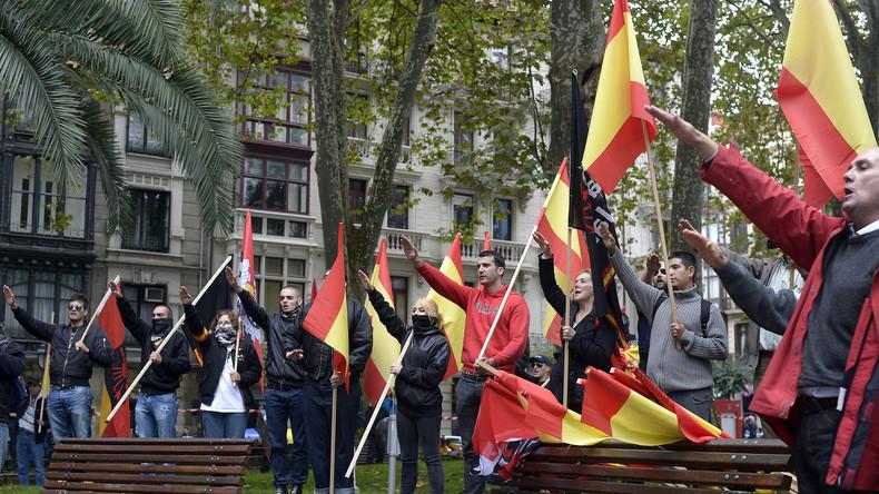 """LIVE: """"Anti-Islamisierungs""""-Demo in Barcelona nach Terrorattacke – Gegenproteste erwartet"""