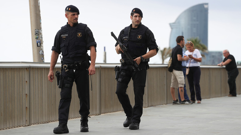 Spanien bleibt bei zweithöchster Terrorwarnstufe 4 - Terrorzelle von Barcelona zerschlagen
