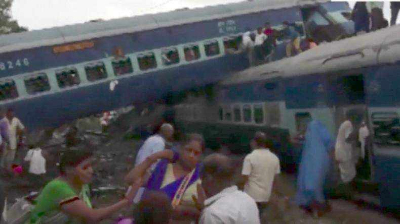Zugentgleisung in Indien fordert mindestens 20 Menschenleben