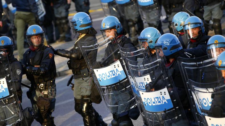 Polizei vertreibt rund 1.000 Besetzer aus Haus in Rom