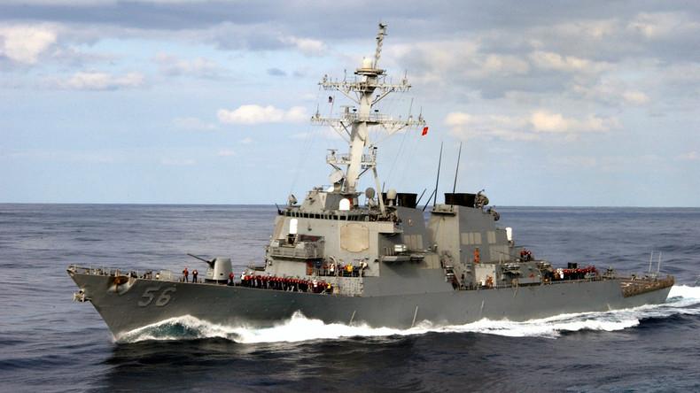 US-Zerstörer stößt mit Tanker vor Singapur zusammen - zehn Seeleute vermisst [Video]