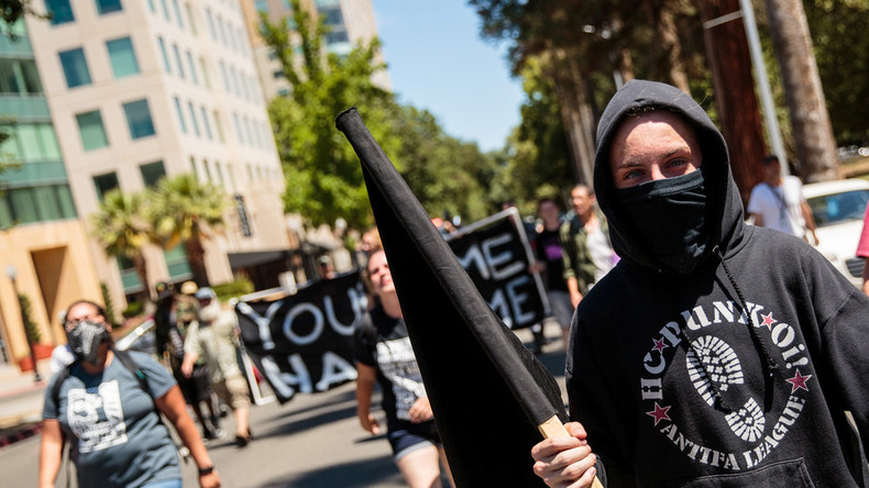 "Petition ""Antifa zu Terrorgruppe erklären"" hat 100.000 Unterschriften – Weißes Haus muss reagieren"