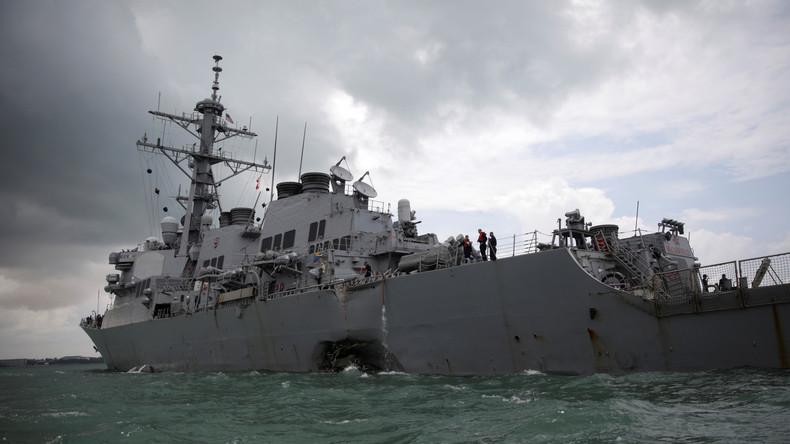 USA stellen nach Kollision zwischen US-Zerstörer und Tanker weltweit Operationen ihrer Marine ein