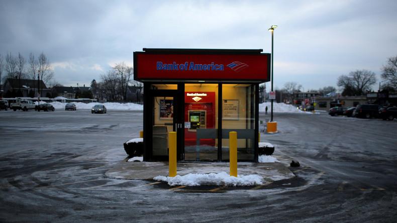 Jackpot geknackt: US-Dieb entführt Geldautomaten mit Gabelstapler [VIDEO]