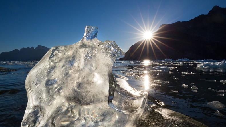 Feuerwehr löscht große Flächenbrände auf Grönland