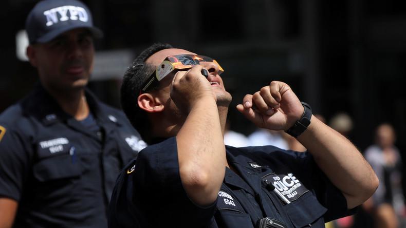 Alles, nur nicht arbeiten: USA verlieren 700 Millionen Dollar wegen Sonnenfinsternis