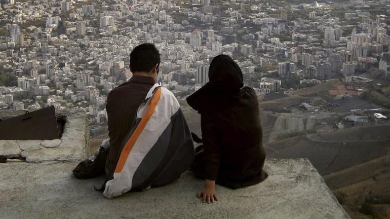 """Bis das """"Talaq"""" uns scheidet: Islamische Scheidung durch Verstoßung in Indien verboten"""