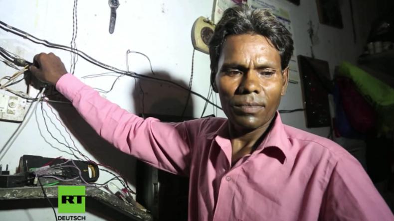 Unerklärlich: Dieser Mann will 60.000 Volt durch seinen Körper laufen lassen - ohne Folgen