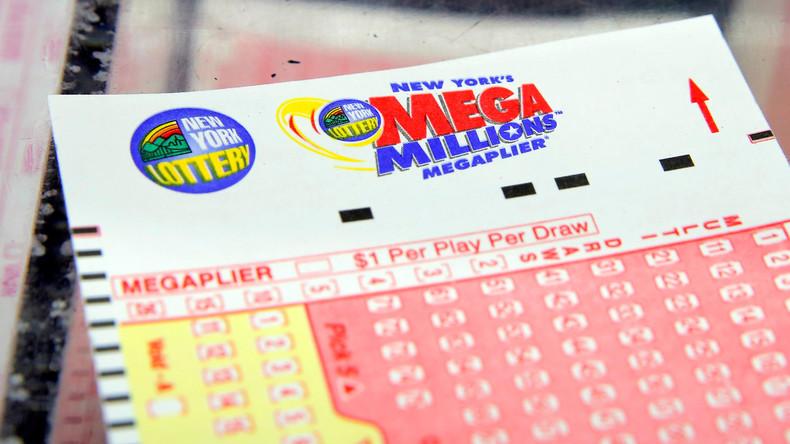 Kein Glück beim Glücksspiel:  US-Programmierer hackt  Lotto-Gewinnzahlen und bekommt 25 Jahre Haft