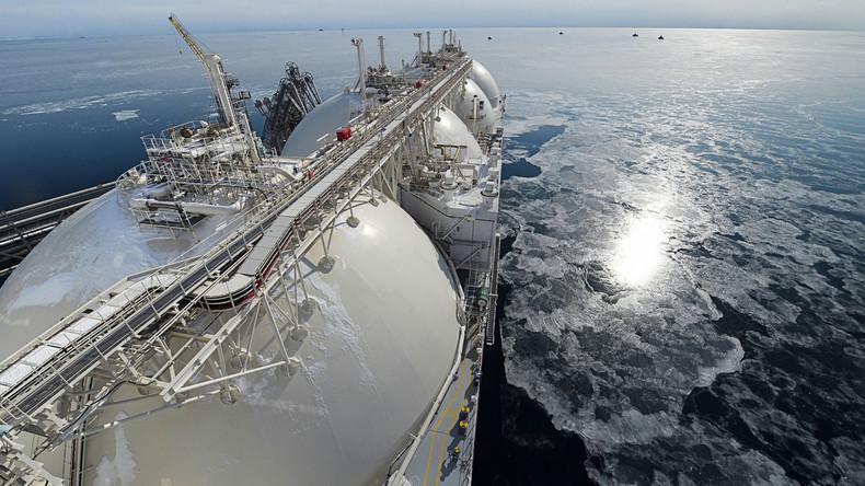 Rekord: Russischer Flüssiggastanker spart durch arktische Seeroute sechs Tage auf Weg nach Asien ein