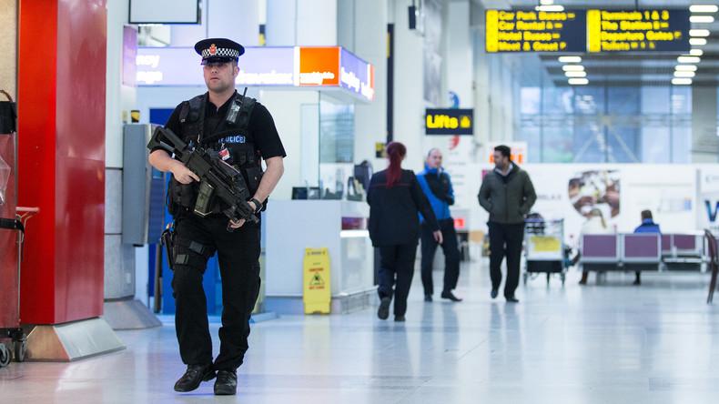 Manchester: 18 Jahre Gefängnis für versuchten Bomben-Schmuggel in Flugzeug