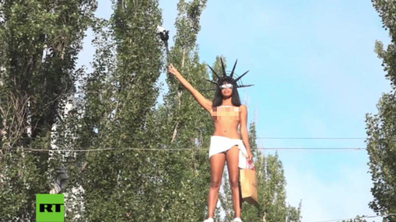 Zum Unabhängigkeitstag der Ukraine: Eine barbusige Miss Liberty für Kiew statt Lenin