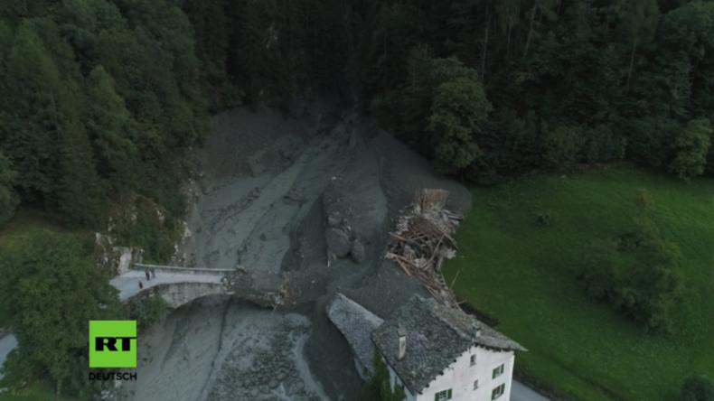 Nach massivem Bergsturz in der Schweiz: Deutsche, Österreicher und Schweizer vermisst