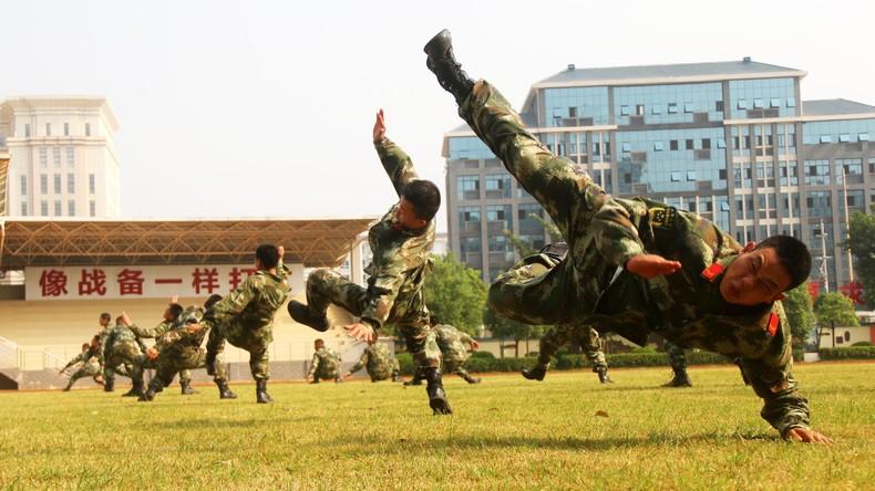 Onanie ist die Wurzel allen Übels: Gewohnheiten, die Chinesen dienstuntauglich für Armee machen