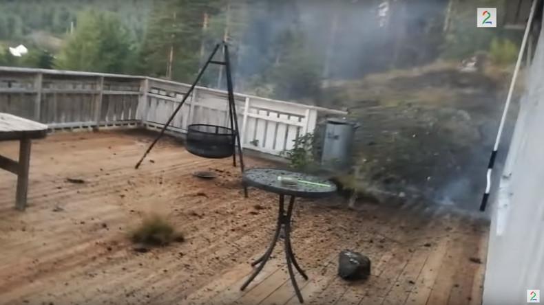 Norweger filmt Blitzschlag im Hinterhof [VIDEO]